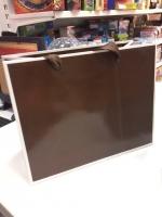 Подарочный пакет бумажный 18*23*10 см однотонный