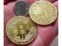 Сувенирная монета под Биткоин